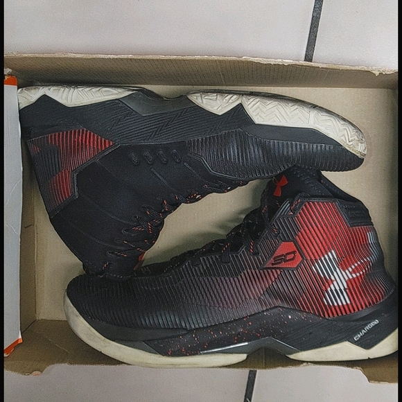 """Underarmour Curry 2.5 """"Black/Red"""""""